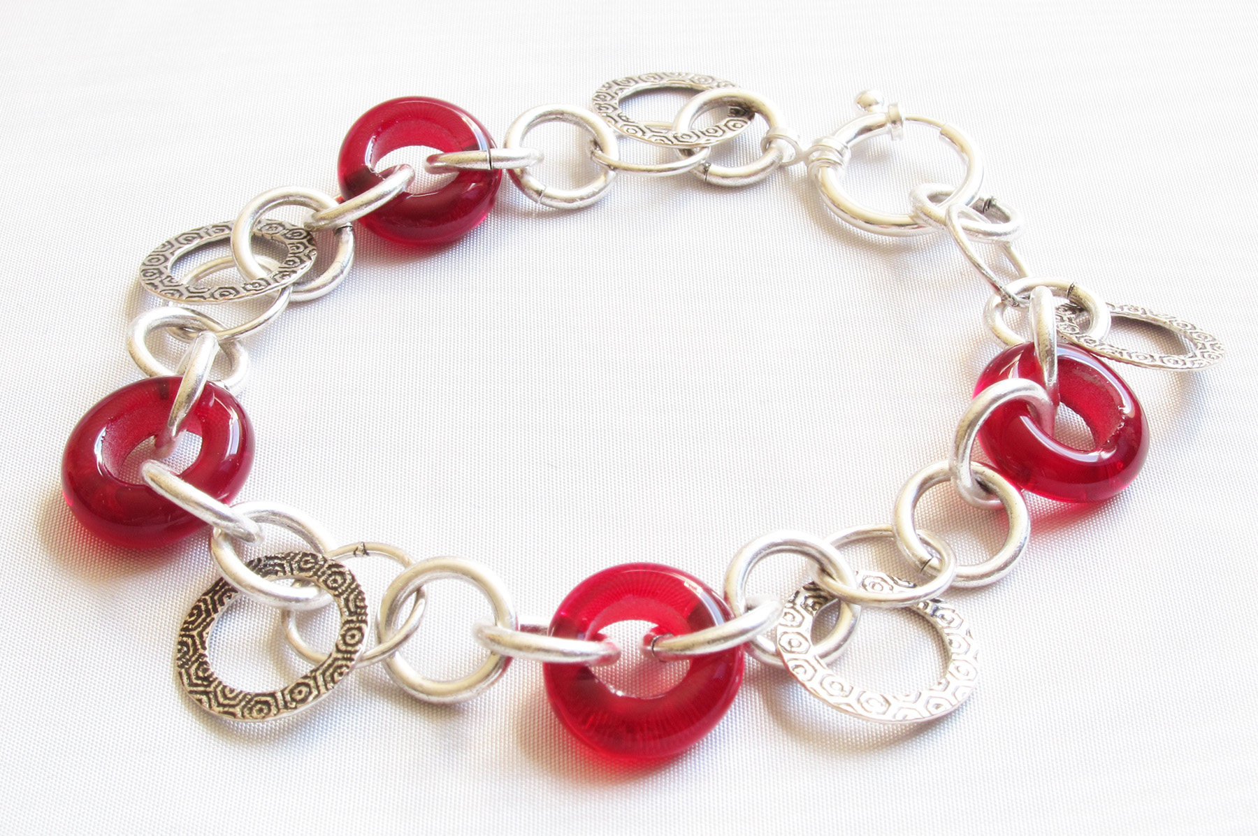 *NEW* Ruby Red Donut Hoopy Chain Bracelet