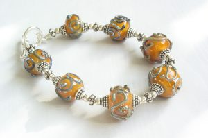 Saffron Metallic Grey Swirl Bracelet