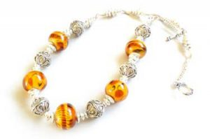 Bad Kitty Light Amber Necklace